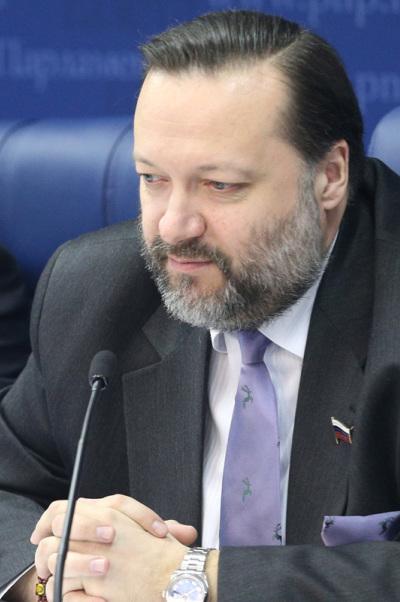 Павел Дорохин: Мы должны поддерживать отечественного производителя и внушить молодёжи, что работа в промышленности— успех