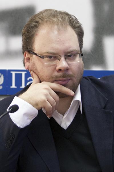 Олег Неменский: Мировая ситуация недаст Украине шанса насохранение многовекторной политики