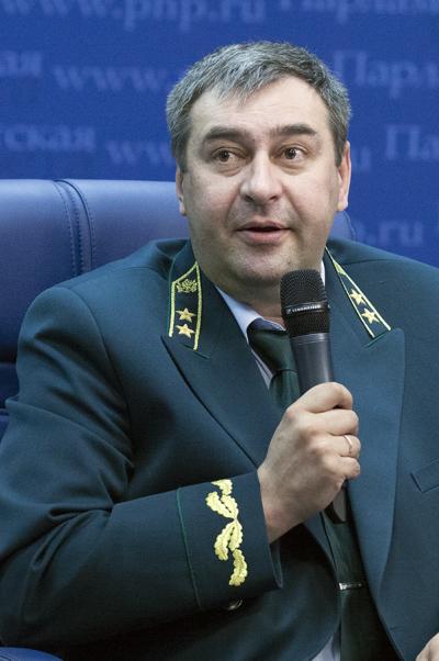 Виталий Акбердин: Пожароопасную ситуацию вКрыму мы держим под контролем