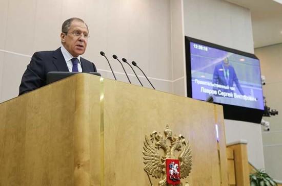 Уговаривать снять санкции недостойно России