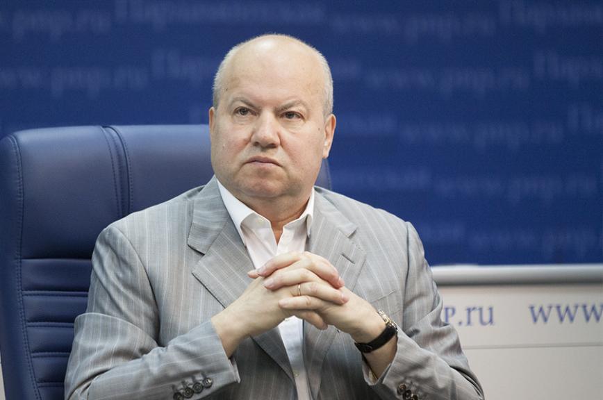 Василий Лихачёв: Первоочередная задача Петра Порошенко — добиться стабильности внутри страны