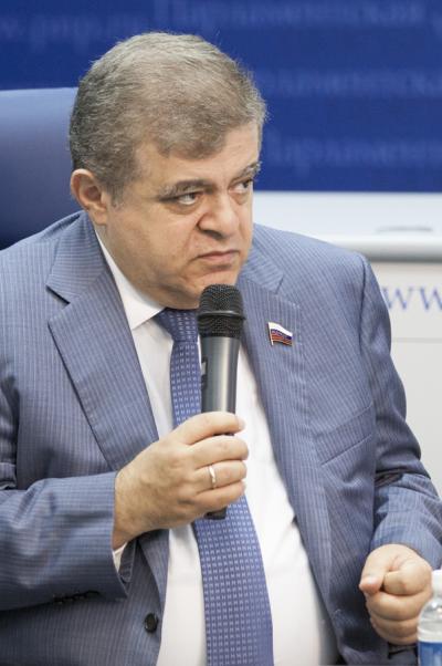 Владимир Джабаров: Длястабилизации обстановки наУкраине нужна нетолько политическая воля, но и экономическое подспорье