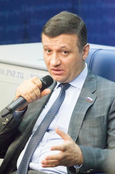 Дмитрий Савельев: Хотелось бы укрепить российские и азербайджанские межрегиональные связи