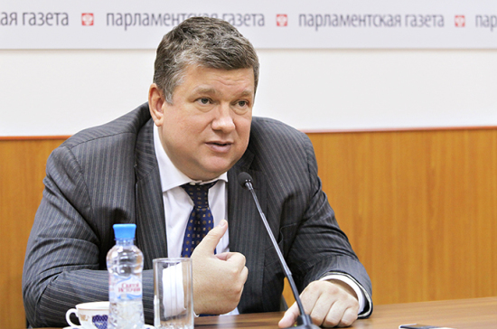 Евгений Бушмин: Заморозка расходов бюджета несократит дотации регионам