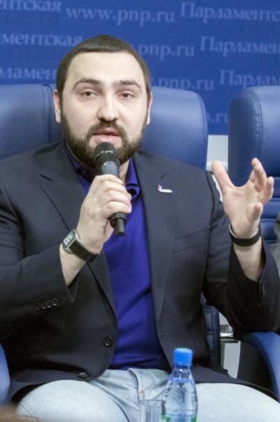 Султан Хамзаев: Мы признаем вред энергетических напитков, когда  окончательно испортим наш генофонд
