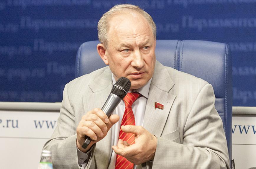 Прямая линия сдепутатом Валерием Рашкиным