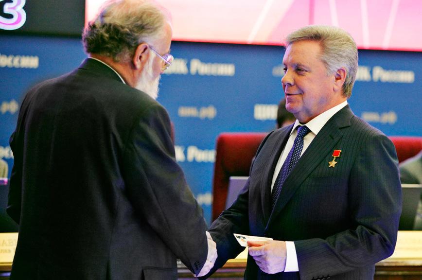 Борис Громов: Предыдущий опыт работы поможет мне, уже вдолжности депутата Госдумы, иначе взглянуть напроблемы России