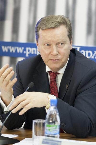 Олег Нилов: Дактилоскопическая регистрация мигрантов снизит уровень преступности