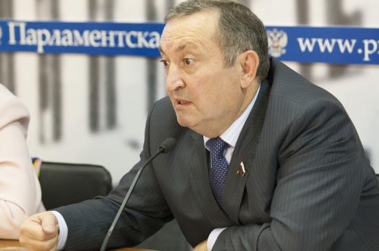 Ильяс Бечелов