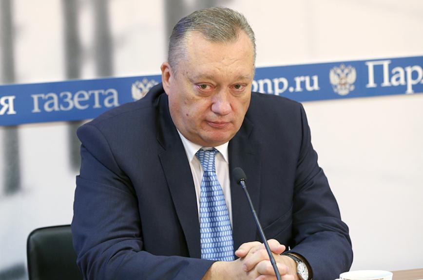 Сенатор Тюльпанов посоветовал пострадавшей отрук охранника пенсионерке подать намагазин в суд