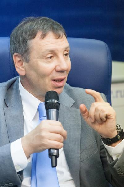 Сергей Марков: России и Азербайджану необходима серия молодёжных форумов
