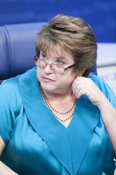 Любовь Глебова: Контроль замиграционными процессами выгоден и России, и Таджикистану