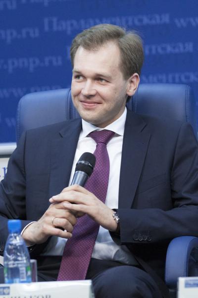 Дмитрий Ушаков: Социал-демократы выступают зажёсткое ограничение нарост тарифов естественных монополий