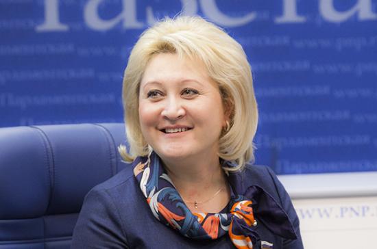 Сенатор Лилия Гумерова запускает цикл передач в «Парламентской газете»