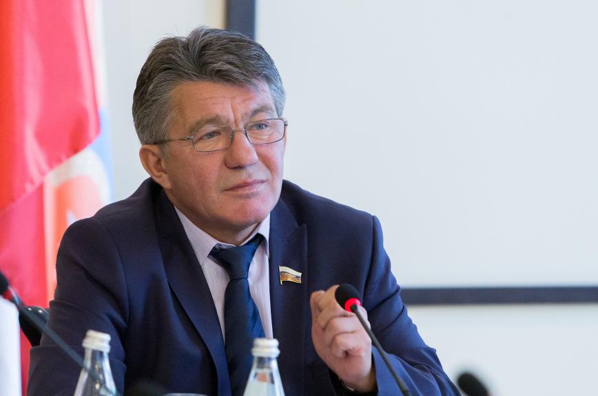 Виктор Озеров овозможном решении МОК: Россия подбелым флагом не пойдёт
