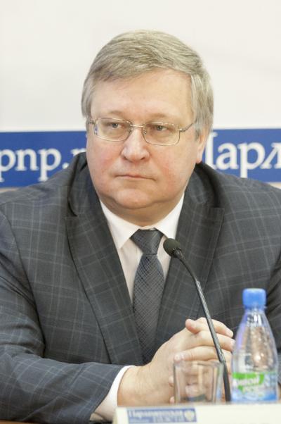 Юрий Крупнов: Нам необходимо строить городки демографического будущего длямногодетных семей