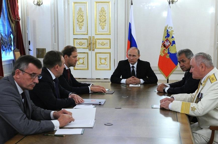 Путин провёл совещание повопросам военного кораблестроения