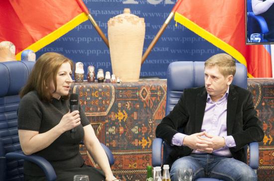 Рамазан Абдулатипов: Речь идёт неоконфликтах междунациональностями, а оконфликте междуневежеством и культурой