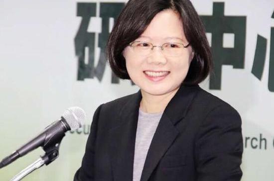 Китай и Тайвань небывало отдалились друг отдруга за неделю