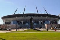 Футбольный стадион в Петербурге: достроить любой ценой?