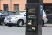 Москвичи и петербуржцы захотели бесплатной парковки в выходные