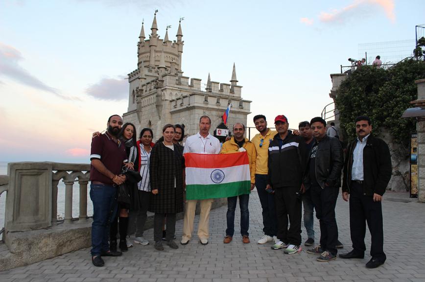 Туристы из Индии поедут по «золотому треугольнику России»