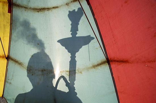 Мосгордума предложила запретить вейперов в социальных местах
