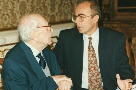 В Петербурге проводятся мероприятия к 110-летию со дня рождения Д. С. Лихачёва