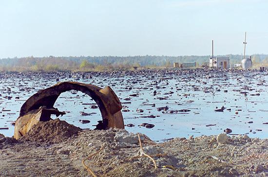 За водоёмами присмотрят экологические фонды