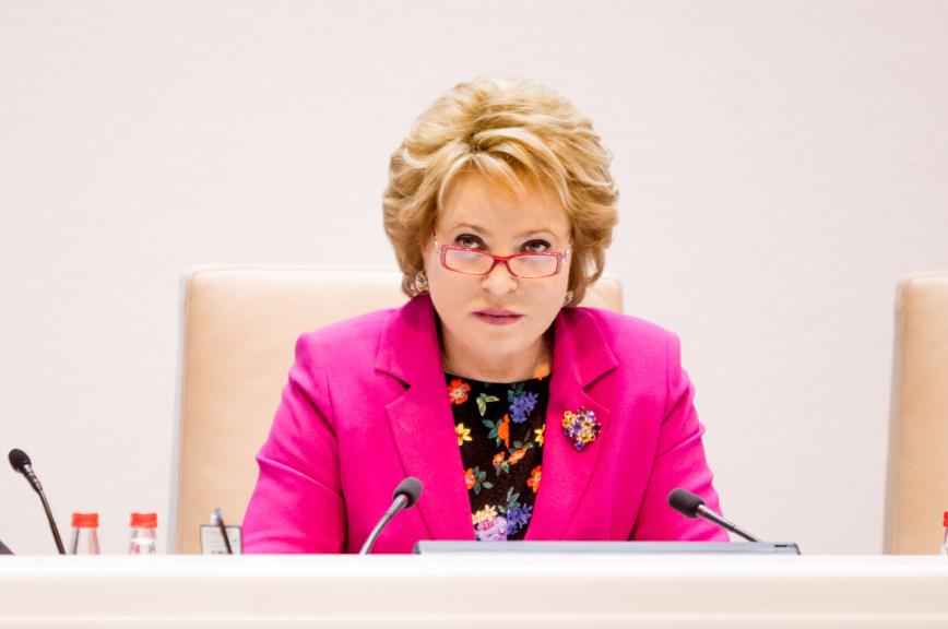 Матвиенко призвала Генпрокуратуру внимательнее относиться к защите прав детей