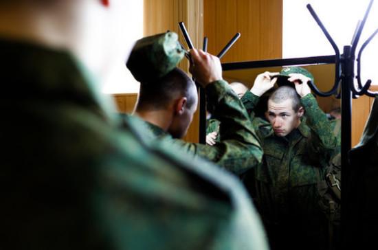 Думский комитет по обороне поддержал увеличение пенсий семьям военнослужащих