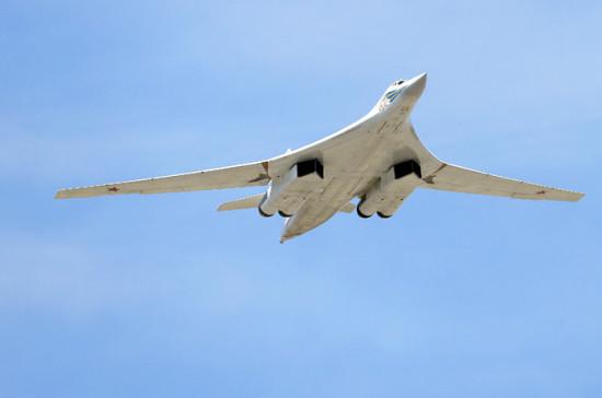ВМинобороныРФ прокомментировали сопровождение русских Ту-160 английскими Typhoon