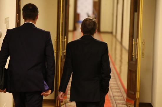 У глав комитетов Госдумы появятся советники