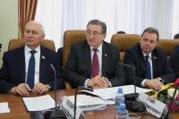 Контроль деятельности управляющих компаний в сфере ЖКХ будет усилен — сенатор Лукин