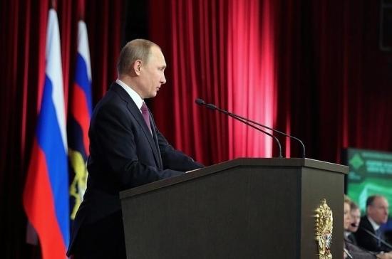 Путин поддержал идею уголовной ответственности запропаганду суицида вweb-сети