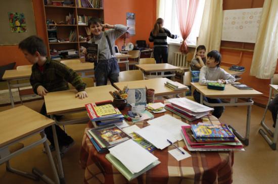 Аршинова: Минобрнауки не поддержит введение единой электронной очереди записи детей в школу