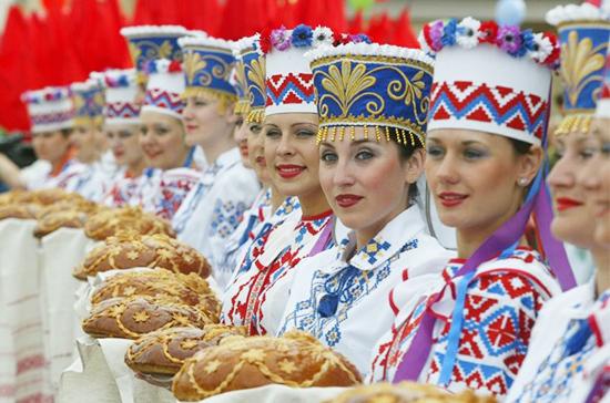 Россия и Белоруссия открывают новый туристический сезон
