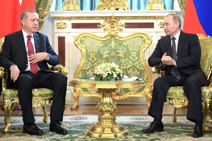 Путин: Отношения сТурцией уверенно возвращаются в обычное, взаимовыгодное русло