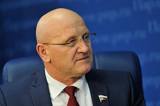 Константин Слыщенко: Мы пытаемся найти компромисс между интересами рыбоводов и рыболовов-любителей