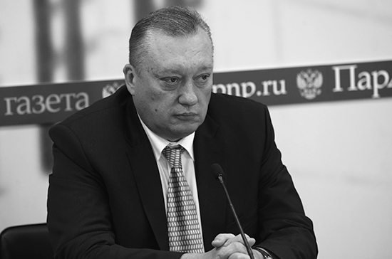Похороны сенатора Вадима Тюльпанова пройдут в Санкт- Петербурге 7 апреля