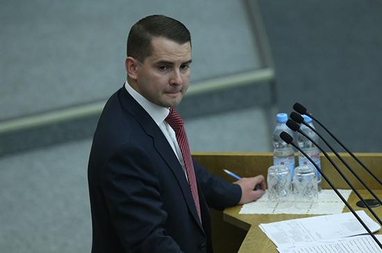 Госдума введет единый реестр мемориальных сооружений и воинских захоронений