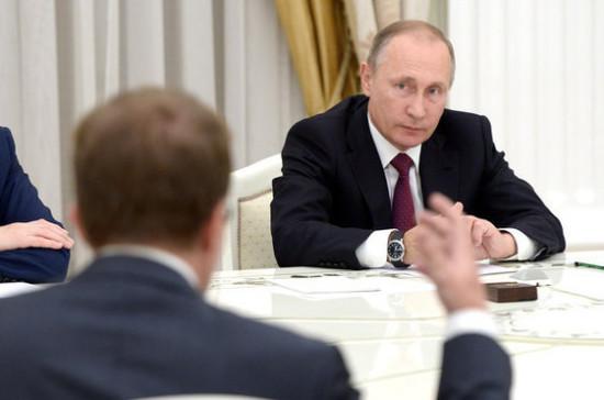 Путин проведёт совещание с СБ РФ после удара США по базе в Сирии