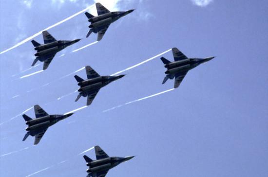 Начальники ГенштабовВС РФиСША обсудили потелефону ситуацию вСирии