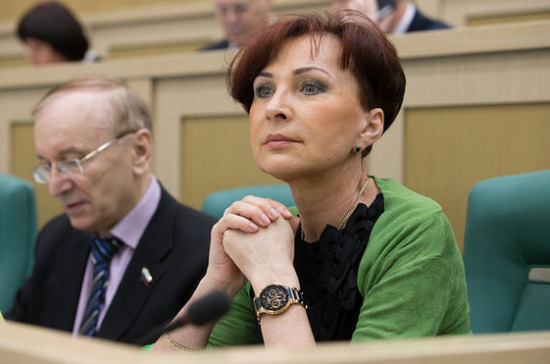 Сенатор отПетербурга выступил против вероятного налога намалодетность