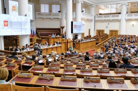 Регионы берут кураторство над Крымом