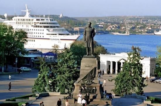 """""""Кто владеет Севастополем, тот владеет Черным морем"""""""