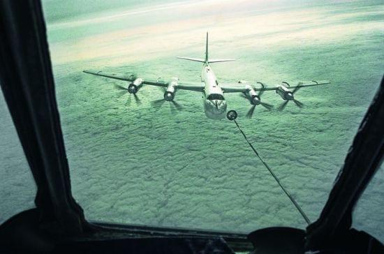 Натовские F-15 нашим самолетам крылья «стригли»