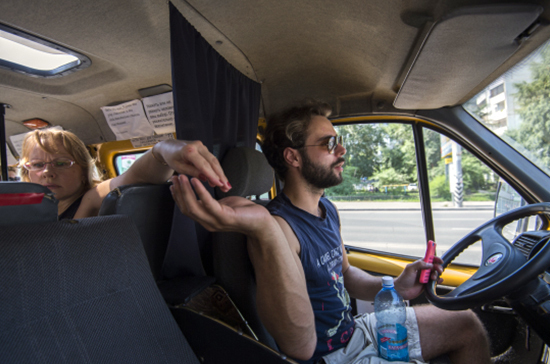Водители-иностранцы могут не спешить получать российские права