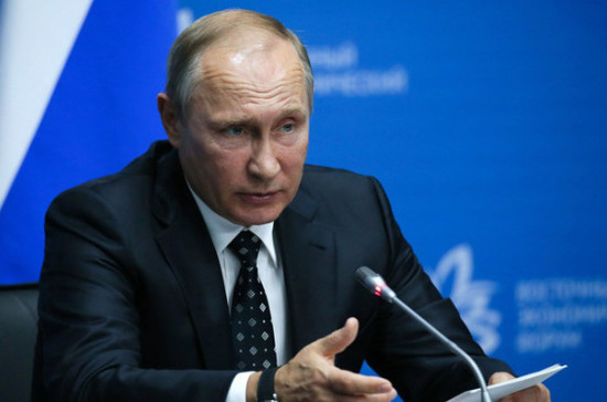 Владимир Путин поздравил моряков с Днём Балтийского флота