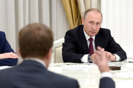 Путин пообещал отправить продовольствие вВенесуэлу
